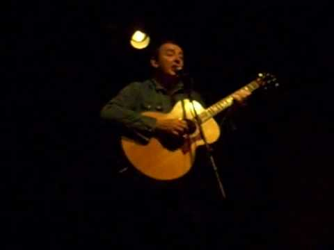Francis Dunnery performing Heartache Reborn at the Tin Angel 12-09
