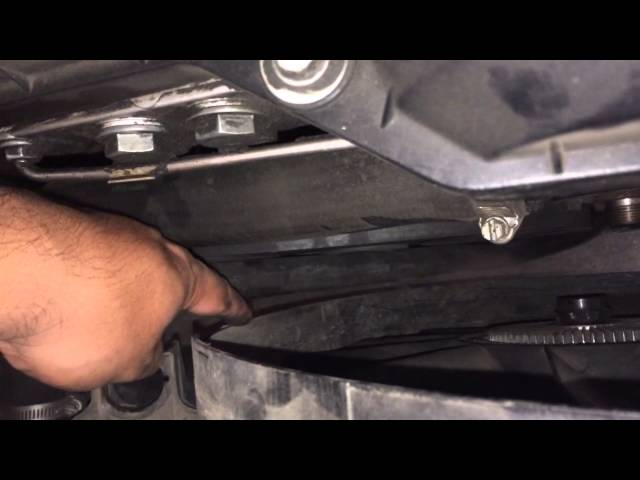 HOW TO Remove Fan Clutch and Fan Shroud BMW 5 Series 3 ...