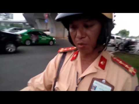 CSGT Gáo Đá cả dám đập điện thoại của người dân khi đang quay clip | CSGT Gáo Đá cả dám đập điện thoại của người dân khi đang quay clip