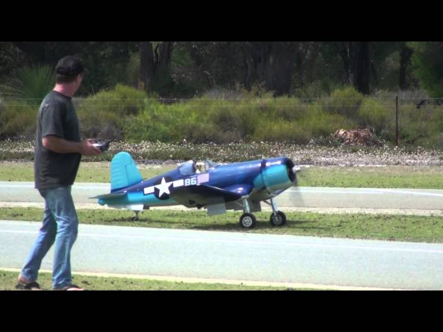 Big RC Corsair flight & crash