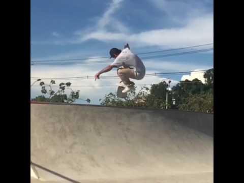 So stylish @rodrigoleal 🎥: @silasbisteca & @davidseveroskt | Shralpin Skateboarding