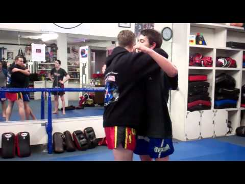 Manhattan Beach Muay Thai Clinch and Knee Defense | Free Intro Class (310)376-1602 Image 1