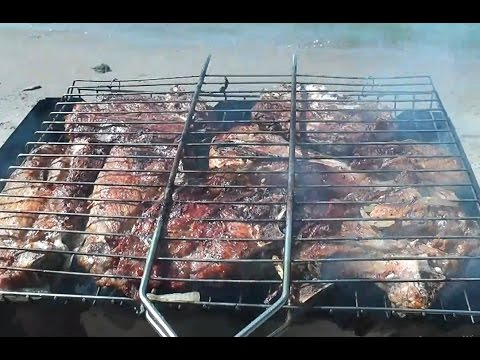 Шашлык с секретом из свиной шейки на решетке