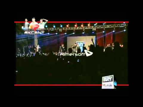akcent live in Lahore 2012 with Team AJ (i m sorry)