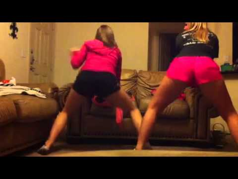 White girls twerkin - booty wurk