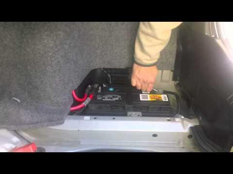 BMW (330XI) Battery Change - DIY Video