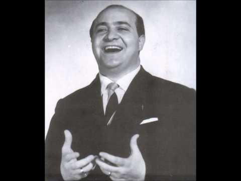 Aurelio Fierro canta O fachiro