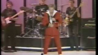 Freddie Starr - The Sausage Song (1984)