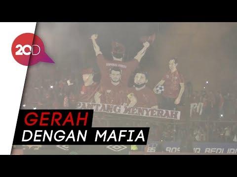Nyanyian 'Revolusi PSSI' Dari Suporter PSM Makassar