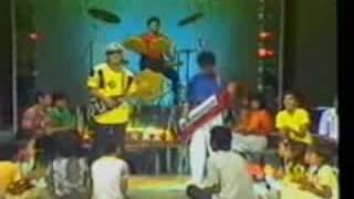 download lagu Bill & Brod - Singkong Dan Keju gratis