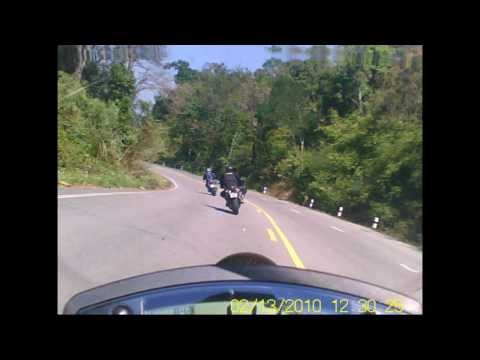 Kawasaki Ninja 650R Chasing Honda VFR 800 and Triumph Tiger on Highway 120 near Phayao, Thailand Video