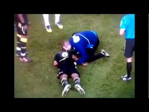 HD Footage - Fabrice Muamba Collapse - Tottenham Hotspur Vs Bolton Wonderers 1-1 FA Cup