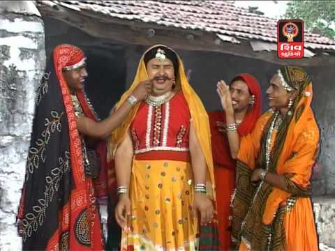 Hemant Chauhan-momai Aavi Jaag Ela Jaag- Mataji Na Dakla   Veradi Zulna video