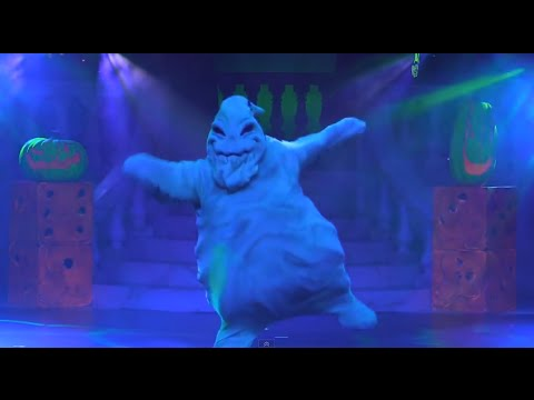 Oogie Boogie song live In Villains Unleashed Freaky Funhouse Show at Walt Disney World