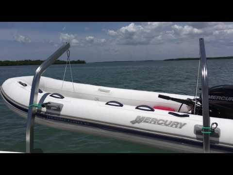 2011 55/50 Yacht Cat