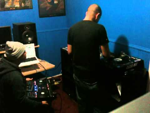 Dynamix and Clenz Roc on the Traktor S4.