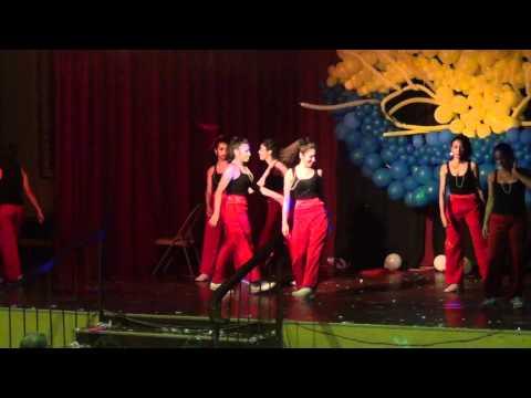 Dance Show Saint Peters Academy 2012. Baile de 10B