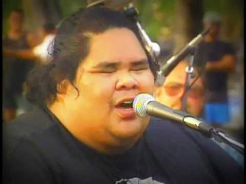 Maui Medley - Performed By Israel iz Kamakawiwo'ole video