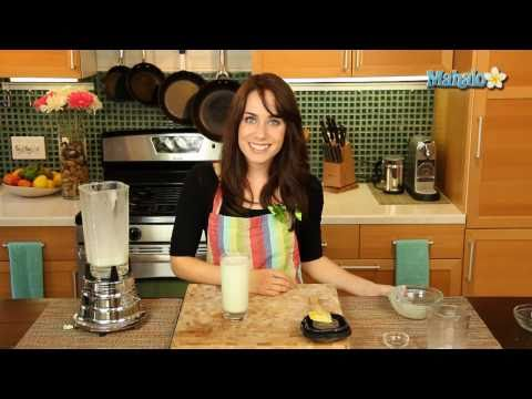 0 How to Make a Non Alcoholic Shamrock Shake