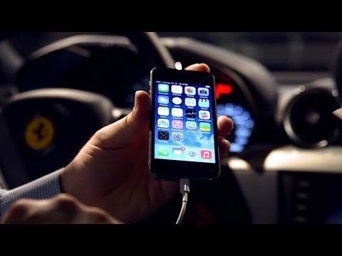 CarPlay Demo: iPhone Experience Inside the Ferrari FF