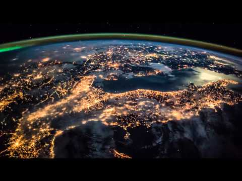 ISS Timelapse - From England To Egypt Moonlighted  (12 Dicembre 2014)