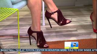 Amy Robach -  high heels close up & athletic calves legs -  May 26, 2015