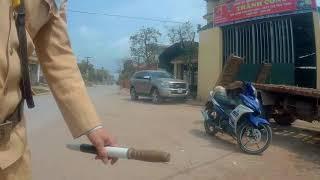 CSGT Thái Bình bắt láo xi nhan