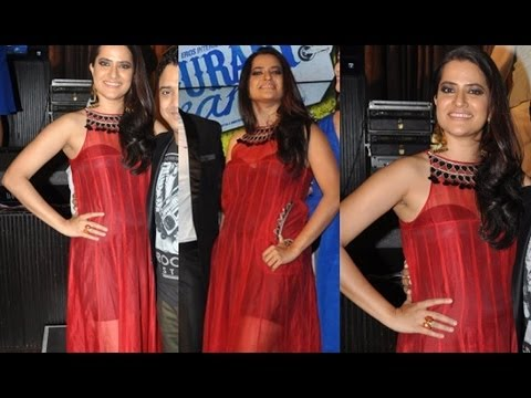 Sona Mohapatra In Transparent Dress At Music Launch Of purani Jeans video
