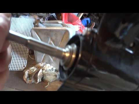 люфт винта на лодочном моторе