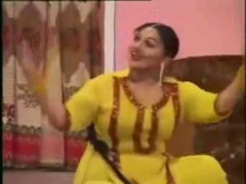 Mujra Hi Mujra 2013 video