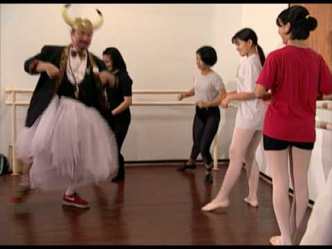 Ballet Comedy by Asiatravel.com