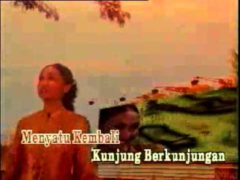 SETAHUN SEKALI - AMY MASTURA - Lagu Raya Best