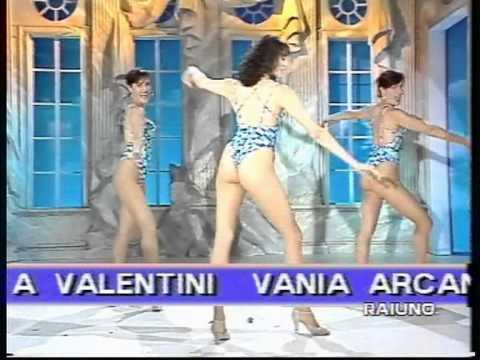 Beato tra le Donne 1995 Rai Uno Rimini Italian Showgirls stu Royal alternate