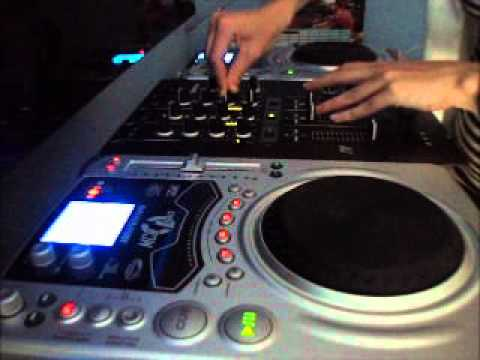 Big Room House Mix July 2011 Miss Etack Main Room Tenminute Tenminmix