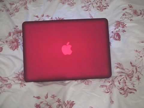 Install: Red Speck SeeThru Satin case for Macbook