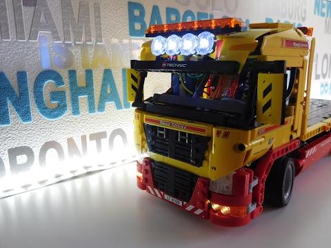 Lego Technik Tieflader mit  LED- Beleuchtung - per Arduino  gesteuert