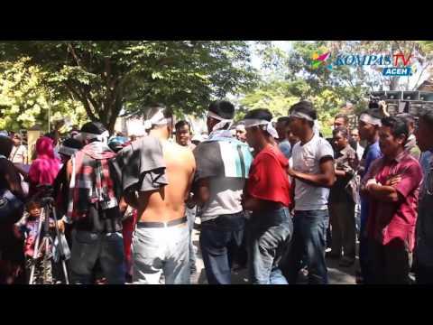 WARGA DEMO PENGADILAN | KOMPAS NEWS ACEH 29/04/2016