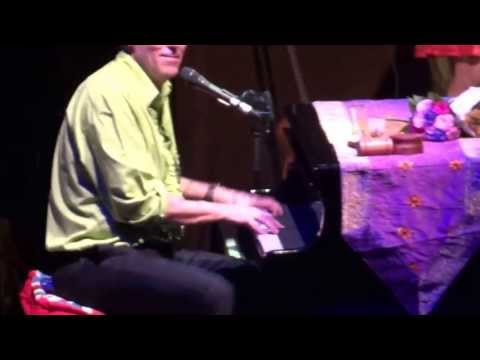 Hugh Laurie - Go To The Mardi Gras [Live in Warsaw] Professor Longhair cover