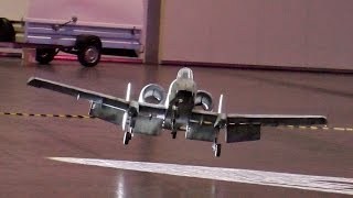 INDOOR FLIGHT A-10 THUNDERBOLT II WARTHOG BIG RC SCALE MODEL LIGHT-WEIGHT JET / Leipzig Germany 2016
