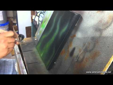 Airbrushing green flames with Spectra Tex paint