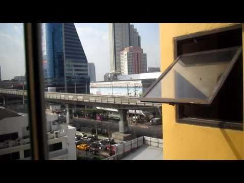 Hotelroom at King Royal Garden Inn Hotel. Surasak BTS Bangkok.