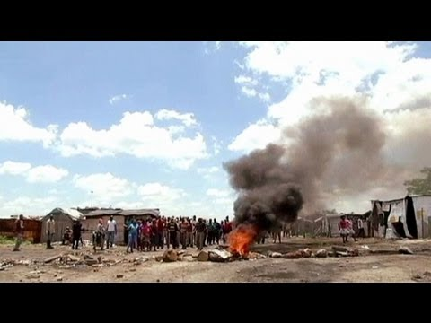 South Africa: Amplat miners strike continues