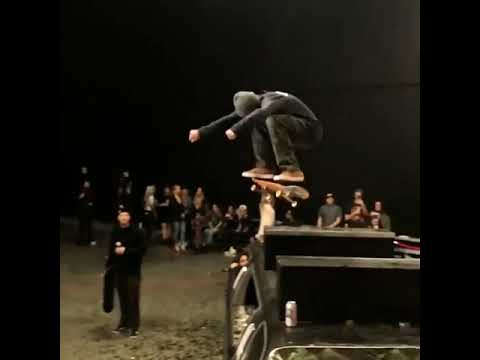🦅@paulhart 🦅   Shralpin Skateboarding