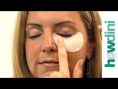 Szem körüli puffadások csökkentése - How To Reduce Puffy Eyes (tutorial video)