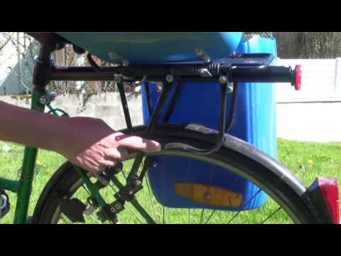 Bike bags / panniers with jerrycan DIY ― Sacoche vélo fait maison