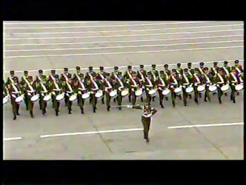 Parada Militar 2013 Chile:Carabineros de Chile/Secunderabad Marsch