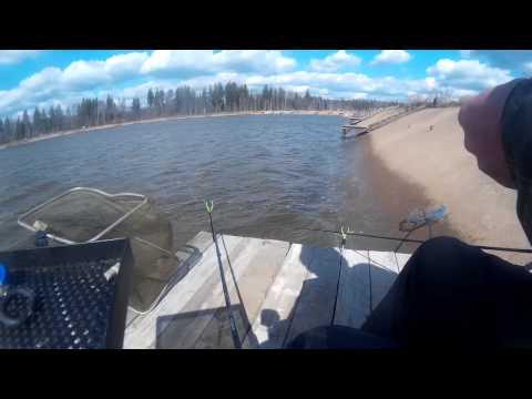 рыбалка с прикормочным корабликом в 2016