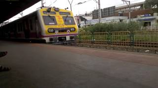 Virar Fast Local Bombardier EMU accelerating superbly from Borivali!