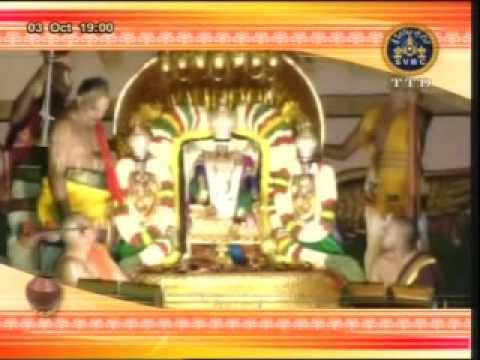 naada neerajanam sung by hari priya