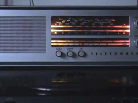 radio antigua a valvulas Telefunken campanela A-2634